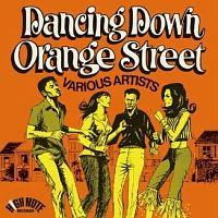 ダンシング・ダウン・オレンジ・ストリート